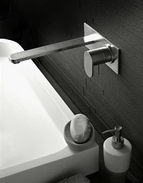 rubinetto a muro per lavabo sinox rubinetto per lavabo a muro serie sinox by signorini