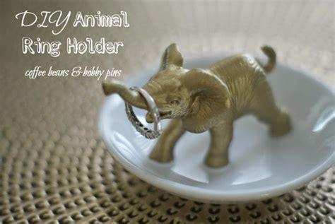 Animal Bobby Pin diy animal jewelry dish coffee beans and bobby pins