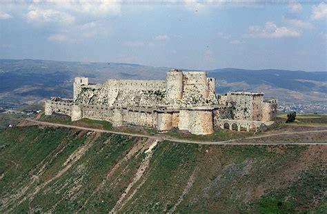 krak des chevaliers قلعة الحصن حمص wikiwand