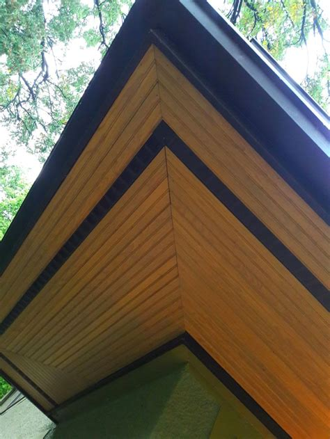 outer dark band   soffit vent house exterior