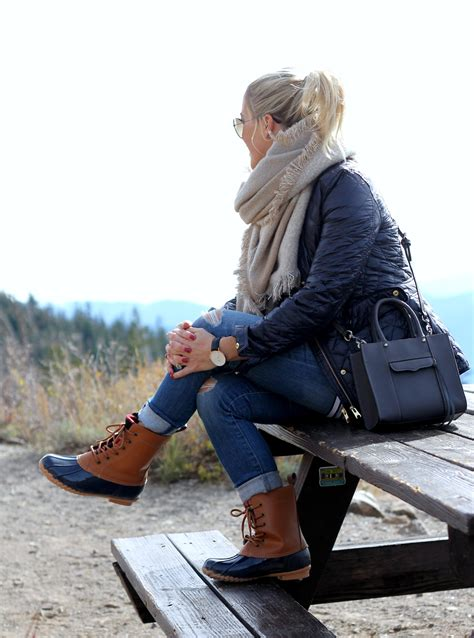 how to your for duck gbo travels mammoth part 2 ways to wear your duck boots gbo fashion