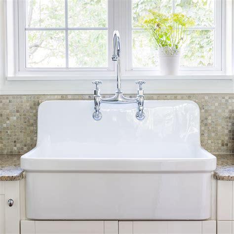 fixation robinet evier robinet de cuisine r 233 tro l accessoire d 233 co tendance