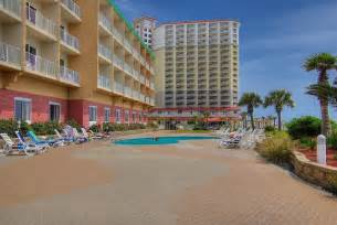 hotels pensacola book hton inn beachfront hotel pensacola
