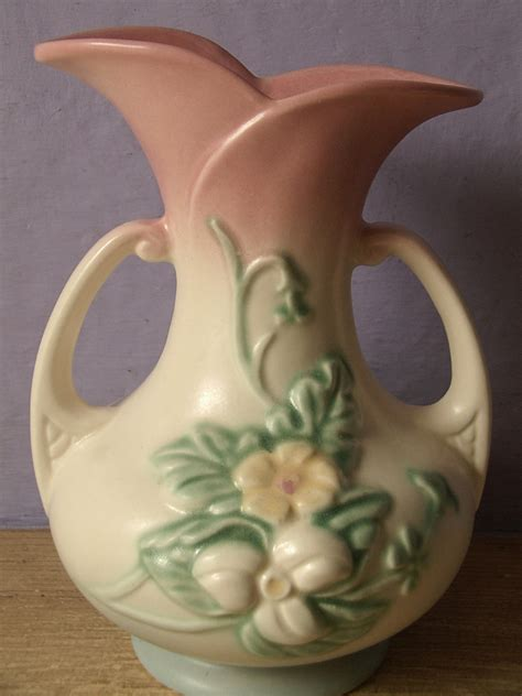 Vintage Vase by Vintage 1940 S Hull Usa Pottery Vase W8 7 1 2 By Shoponsherman