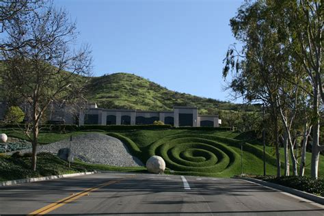 california landscaping file westlake ca office landscaping jpg wikimedia commons