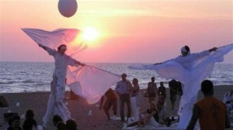 lanterne volanti roma fiumicino cinquemila lanterne volanti per la quot notte