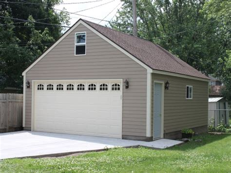how to build a 2 car garage best 25 detached garage ideas on pinterest detached