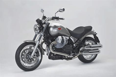 the moto moto guzzi bellagio review modern classics motorcycles
