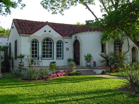 Spanish Style House by Spanish Style Homes