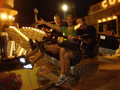 theme park zaragoza parque de atracciones de zaragoza el quetzal