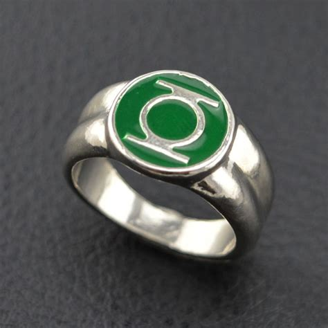 2016 classic alloy green lantern ring silver ring for