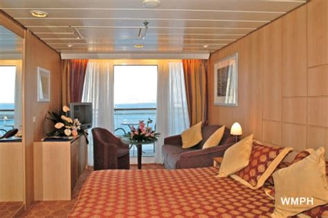 msc lirica cabine msc lirica cabin 10019 category s3 aurea suite 10019