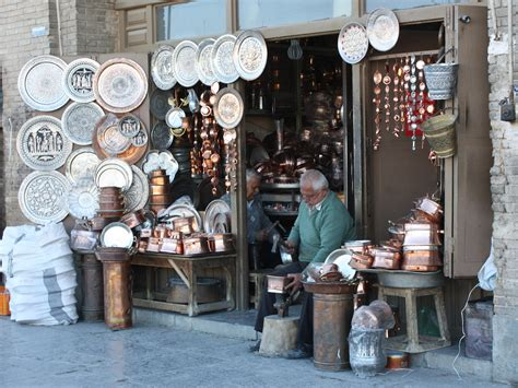 Handcraft Shop - file iranian handicraft jpg wikimedia commons