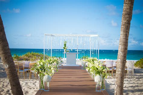 Wedding Planner Republic by Intimate Wedding At Rock Hotel Punta Cana
