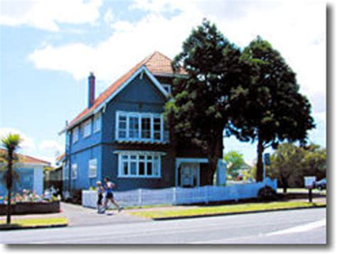 the big blue house big blue house auckland new zealand see 8 reviews and traveller photos tripadvisor