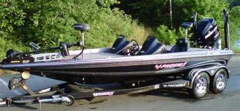 boat brands owned by bass pro phoenix bass boats for sale in ga