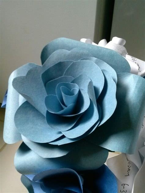 Make Construction Paper Flowers - construction paper flowers decorations special events