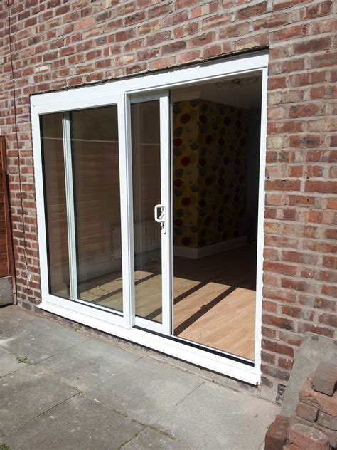 Sliding Patio Door Review Sliding Patio Doors With Built In Blinds Reviews Icamblog