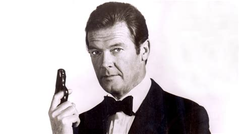 roger moore photo1 roger moore dead james bond star was 89 variety
