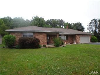 Lehigh County Property Records 4082 Lehigh Dr Northton Pa 18067 Property Records Search Realtor 174