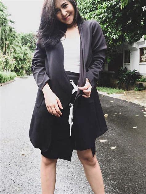 Nagita Slavina Grey 5 gaya kakak adik nagita slavina dan caca tengker siapa