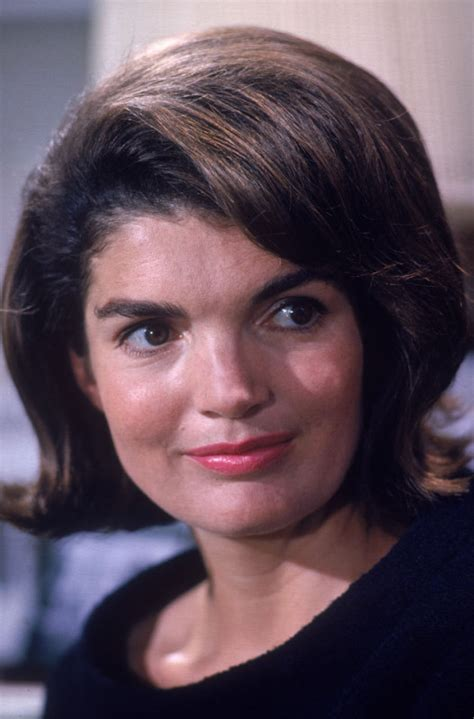kennedy jacqueline jackie kennedy onassis pictures and quotes