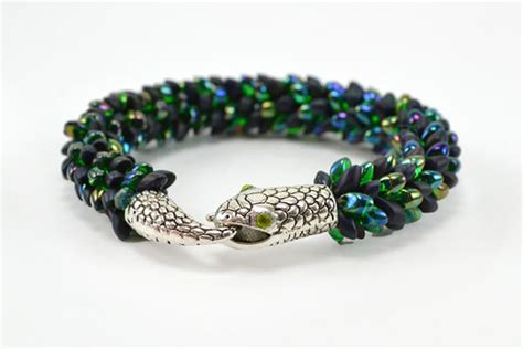 kumihimo with magatama isn t this snake kumihimo bracelet just gorgeous it s