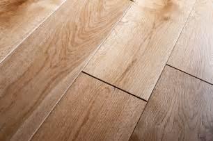 hand scraped oak laminate flooring best laminate