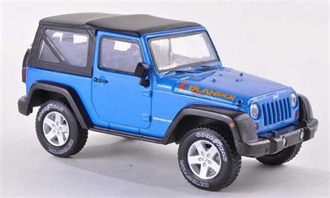 Miniatur Jeep Wrangler Unlimited Skala 64 jeep wrangler islander edition blue 2012 greenlight