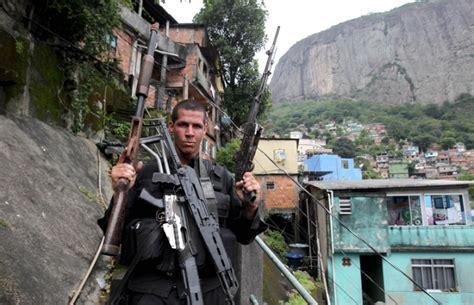 Dw Alvaro by Policias Civil E Militares Buscam Traficantes Na