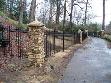 the gate doctor fence construction in alpharetta