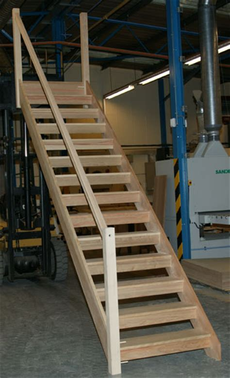 How To Build A Handrail For Stairs Open Plan Staircases From Stairplan Openplan Open Riser