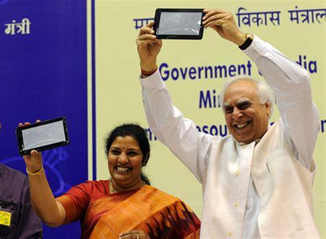Tang Paling Murah Sedunia 8 aakash tablet paling murah sedunia harga hanya 300 ribuan media info