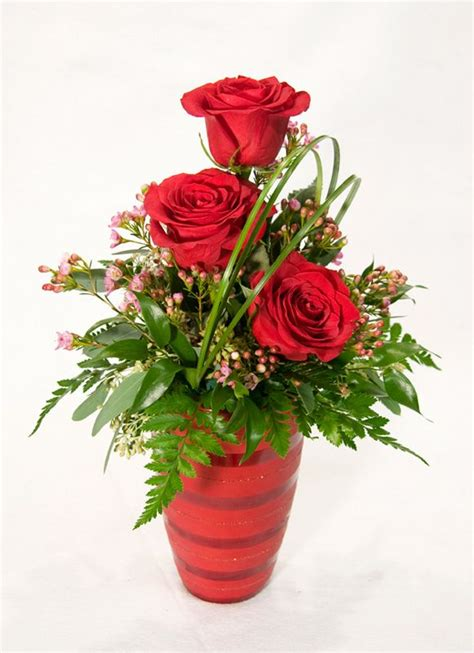 17 Best ideas about Valentine Flower Arrangements on Pinterest   Valentines flowers, Rose