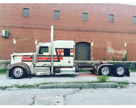 kenworth build and price 25 best ideas about kenworth trucks on semi