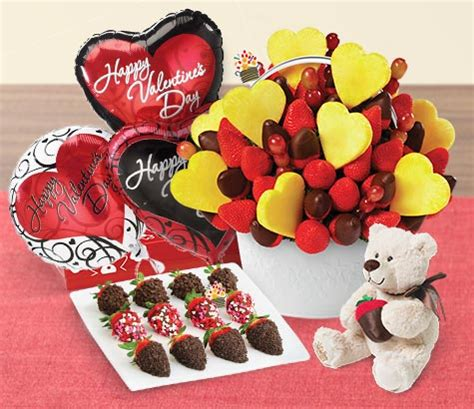 edible arrangements valentines for him edible arrangements 174 2014 valentine s day gift guide