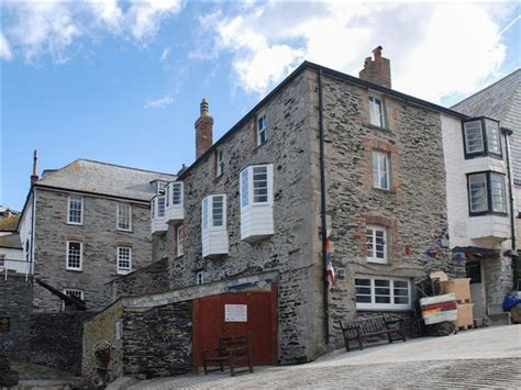 Friendly Cottages In Padstow by Tides Reach Ref Ukc1558 In Port Isaac Near Padstow
