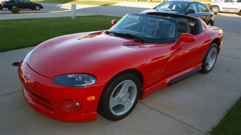 books about how cars work 1994 dodge viper rt 10 parking system ebay find of the day 1994 dodge viper rt 10 with 504 miles autoblog