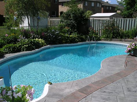 file backyardpool jpg wikimedia commons