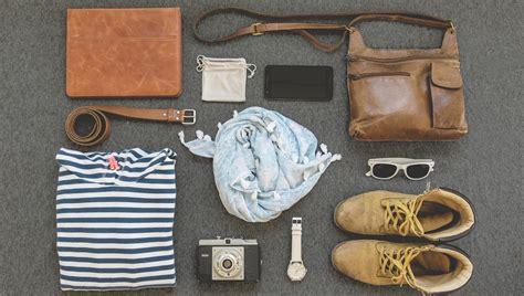 cosa portare in vacanza cosa mettere in valigia look da viaggio e cosa portare in