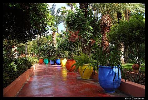 Emejing Idee Deco Jardin Marocain Images - Fernandogalaviz.us ...