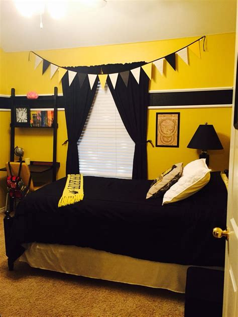 harry potter hufflepuff bedroom home room