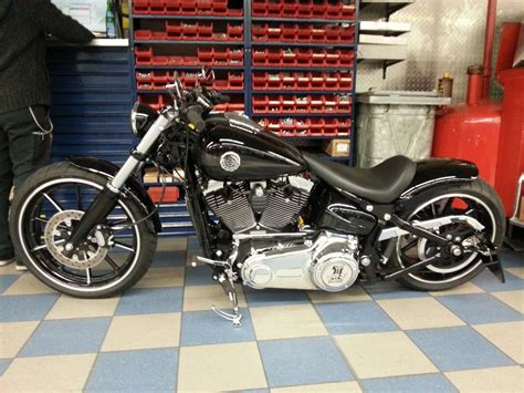 Welches Motorrad F Hrt Jax In Sons Of Anarchy by Softail Out 2013 S 131 Milwaukee V