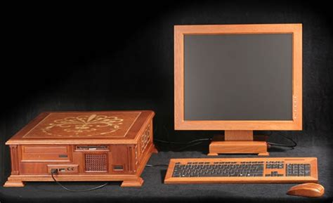 Crafted Russian Redwood Pc 187 10 amazing wood pc casesthe floors to your home