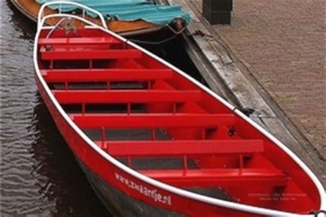 reddingsvest kind huren huurboten zwaantje giethoorn botenverhuur