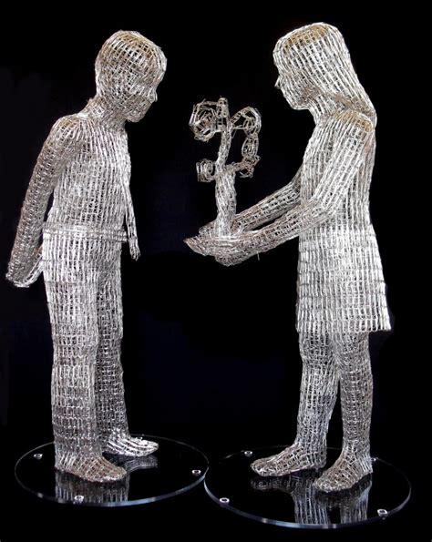 Paper Clip Sculptures by Pietro D'Angelo - Art People Gallery A-paper Clip Art