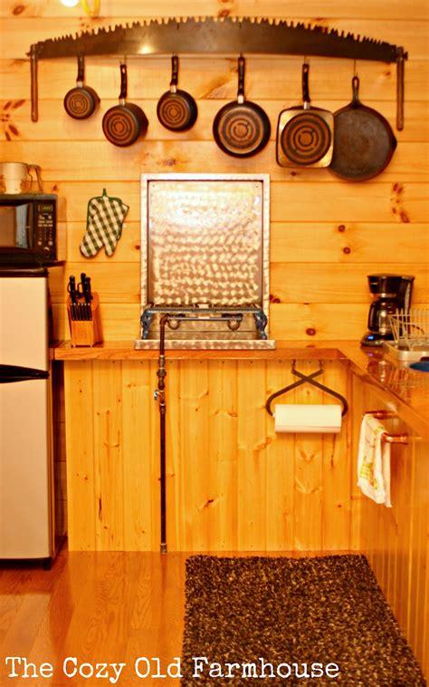 cozy  farmhouse cutest junkiest vintage cabin