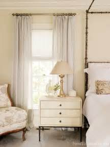 Cream And White Bedroom by Simple Details The Key To Mixing Cream And White In Decor