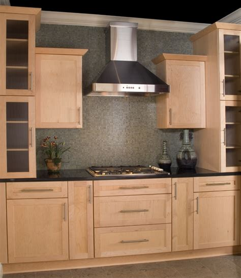 Kitchen Cabinets Maine Modern Shaker Cabinets Design Ideas Kitchen Cabinets Cabinet Design Shaker