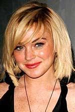 lindsay lowhans very short haircut lindsay lohan with short blond hairstyle in layers